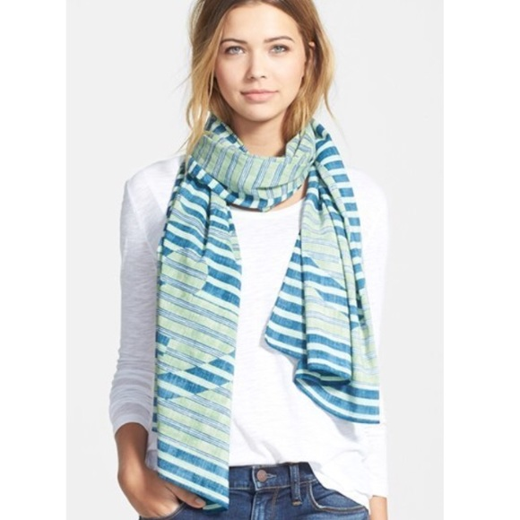 Tory Burch Accessories - Tory Burch Reva scarf